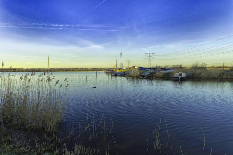 Paysage urbain à Rotterdam à l'aube image stock