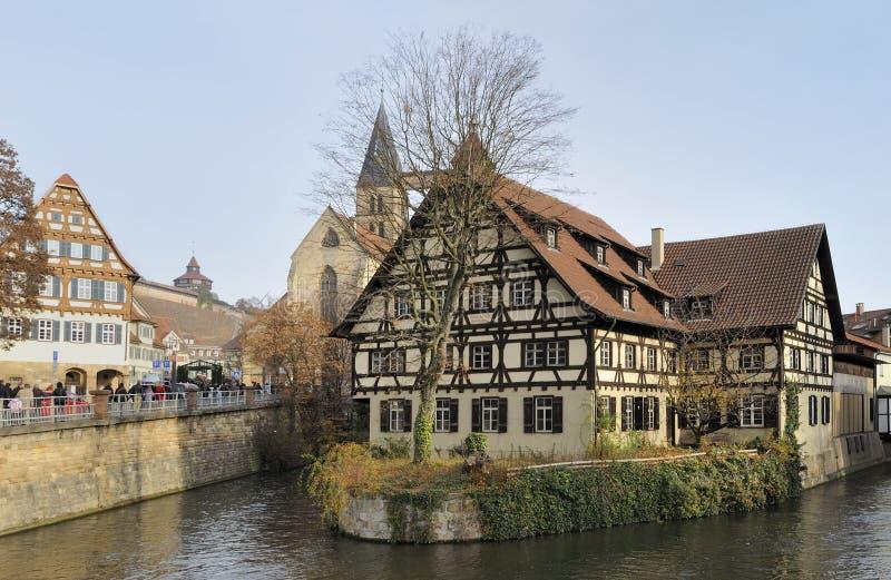 Paysage urbain avec la maison d'acacia, esslingen photo libre de droits