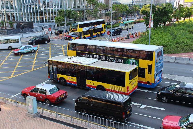 Paysage urbain chez Hong Kong sur le feu de signalisation photographie stock libre de droits