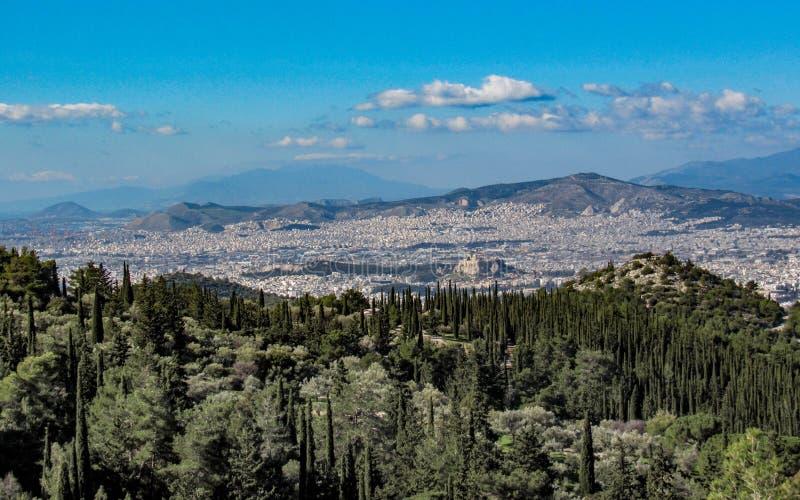 Paysage urbain d'Athènes dans le jour ensoleillé avec l'Acropole vue d'en haut, la Grèce images libres de droits