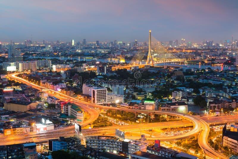 Paysage urbain de Bangkok au crépuscule Paysage de buildin d'affaires de Bangkok photo stock