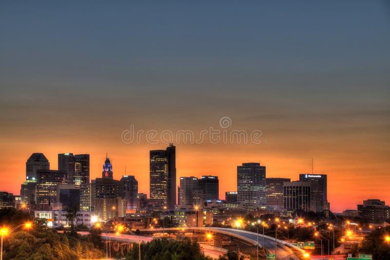 Paysage urbain de Columbus Ohio au crépuscule photo libre de droits