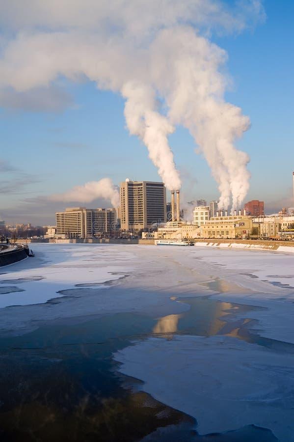 Paysage urbain de l'hiver image libre de droits