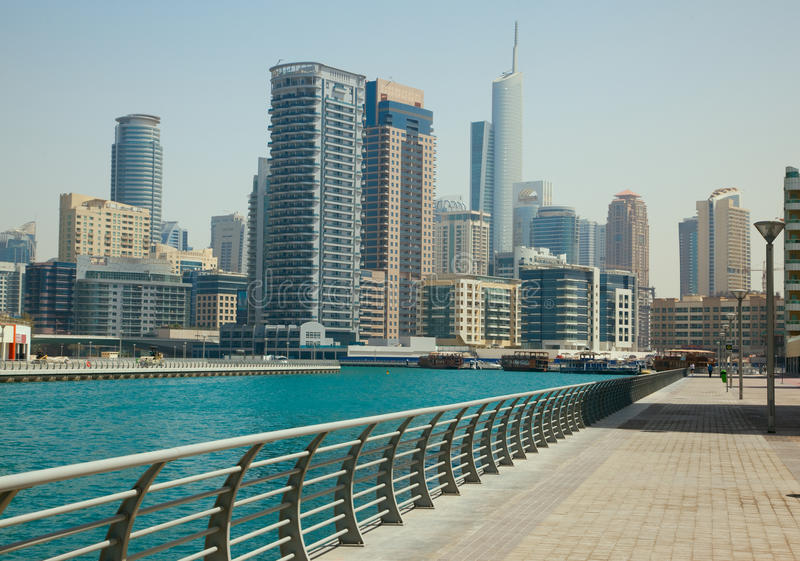 Paysage urbain de marina de Dubaï photos libres de droits