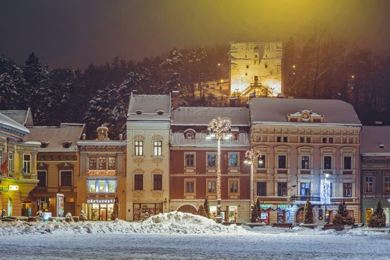 Paysage urbain de nuit d'hiver images libres de droits