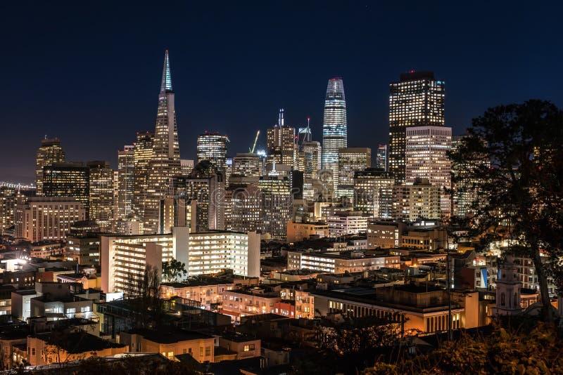 Paysage urbain de nuit de San Francisco photo libre de droits