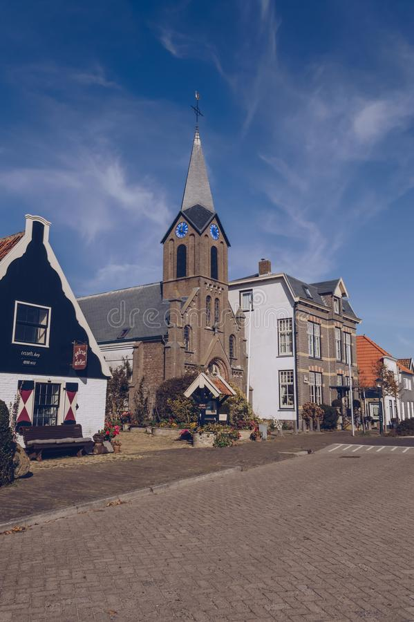 Paysage urbain de petite ville Oudeschild à l'île de Texel photographie stock libre de droits