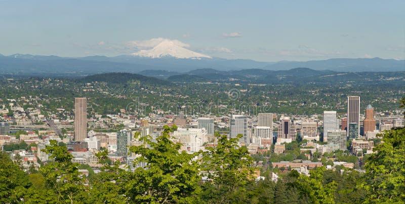 Paysage urbain de Portland Orégon et capot de support photo libre de droits