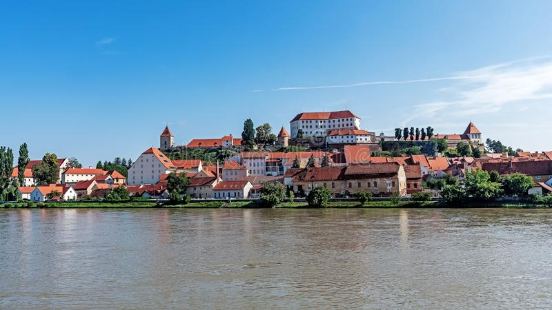 Paysage urbain de Ptuj photographie stock libre de droits
