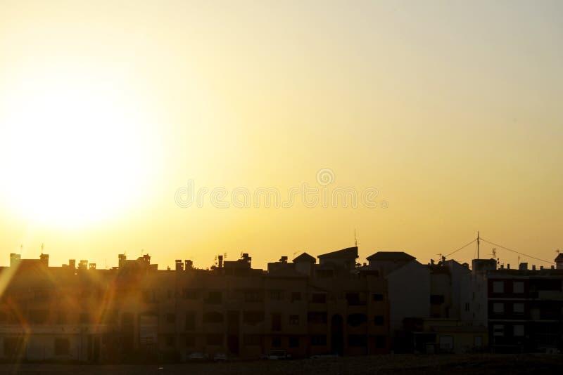 paysage urbain de silouette de crépuscule photos libres de droits