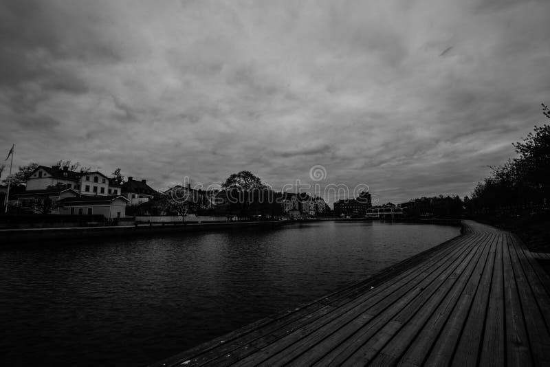 Paysage urbain de Swedeish - Maren Lake dans Soedertaelje, Suède images libres de droits
