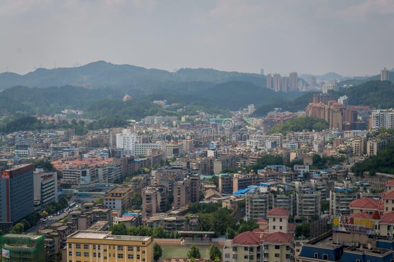 Paysage urbain de villege de forêt de Guiyang, porcelaine 2 images stock