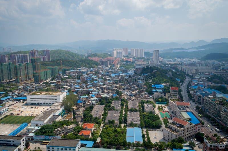 Paysage urbain de villege de forêt de Guiyang, porcelaine 8 images libres de droits
