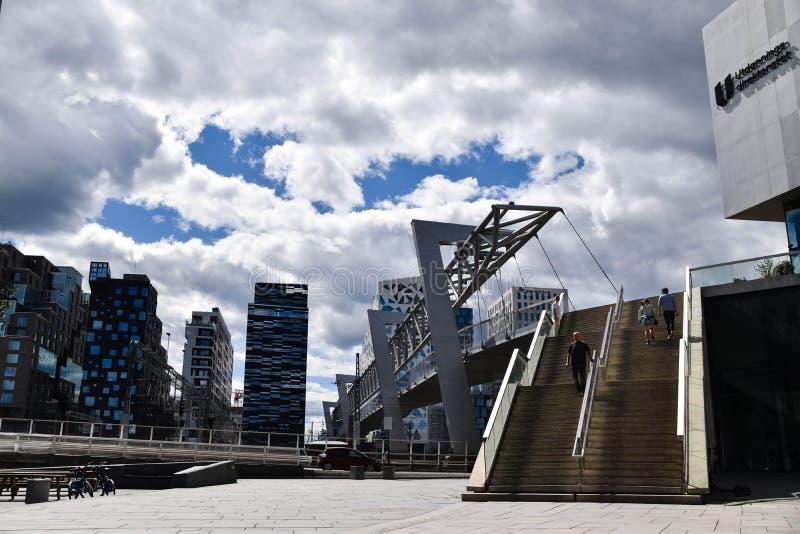 Paysage urbain moderne d'architecture d'Oslo du centre Norvège photo stock