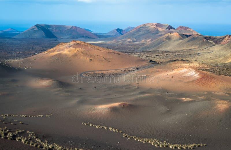 Paysage volcanique au parc national de Timanfaya, île de Lanzarote, images libres de droits