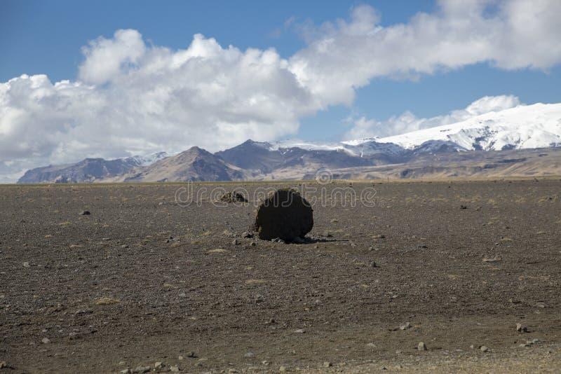 Paysage volcanique Islande de voyage par la route image stock