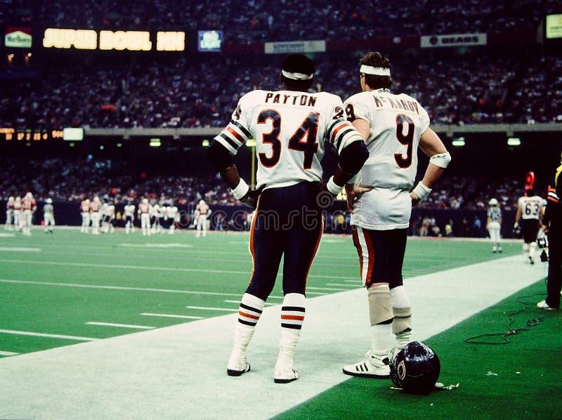 Payton und McMahon Super Bowl XX stockfotos