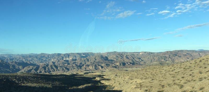 Paz azulverde del país de los cielos de los Mountain View imagen de archivo