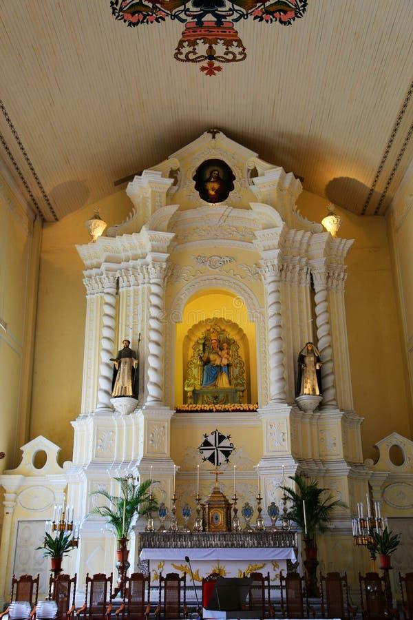 Paz e beleza na igreja imagens de stock
