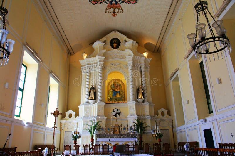 Paz e beleza na igreja imagem de stock