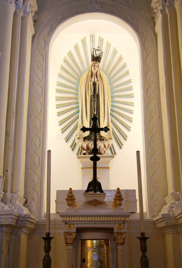 Paz e beleza na igreja foto de stock royalty free