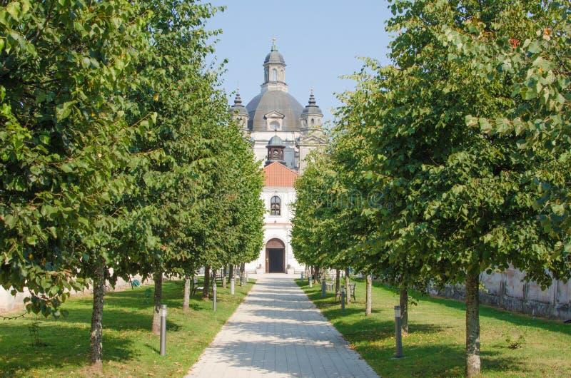 Pazaislis kościół w Kaunas i monaster, Lithuania zdjęcia royalty free