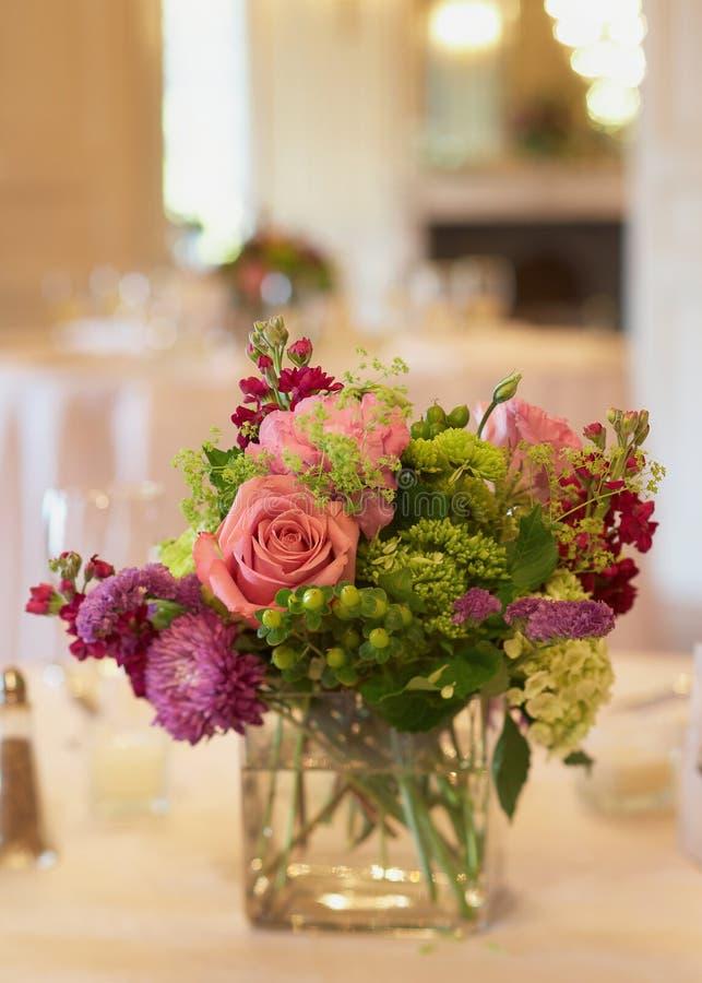 Peça central floral foto de stock