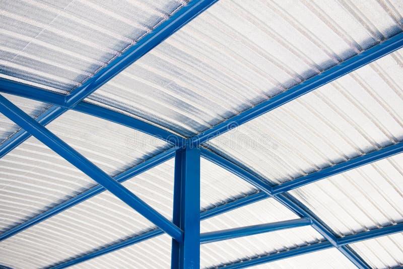 Peça do material de isolação do telhado do housetop fotos de stock royalty free