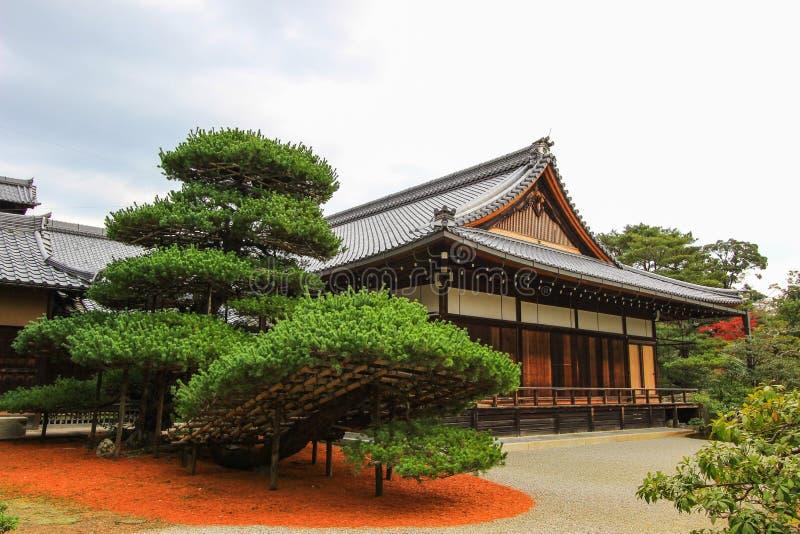 Peça do templo de Kinkakuji, Kyoto do norte, Japão imagem de stock