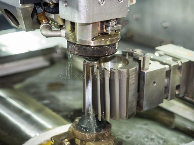 Peças do molde do corte de máquina do corte do fio do CNC imagem de stock royalty free