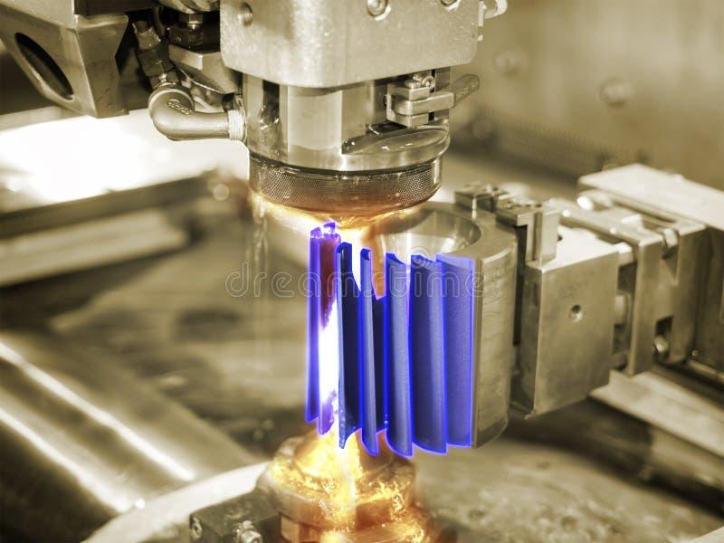 Peças do molde do corte de máquina do corte do fio do CNC foto de stock