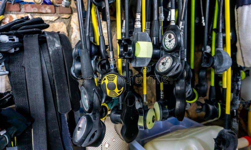 Peças do regulador do mergulho autônomo da água aberta: segunda etapa preliminar & alternativa, fonte de ar alternativa, regulado foto de stock royalty free