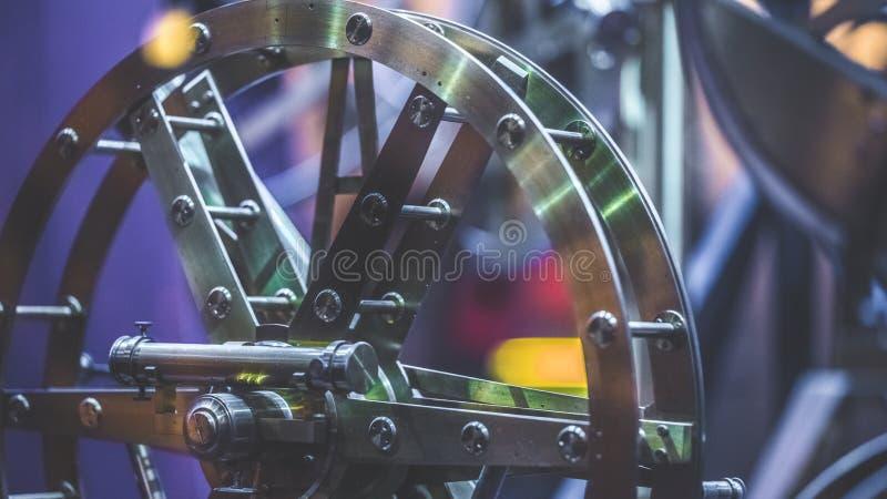 Peças mecânicas da roda náutica do metal fotografia de stock royalty free