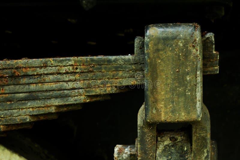 Peças oxidadas velhas do ferro do trem imagens de stock