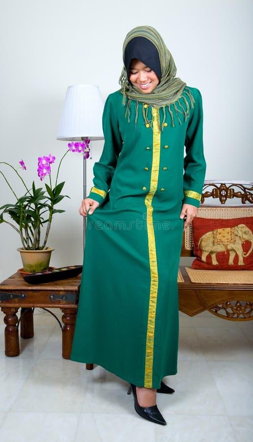 pełne dziewczyna garnitur muzułmańskiego tradycyjne young fotografia royalty free