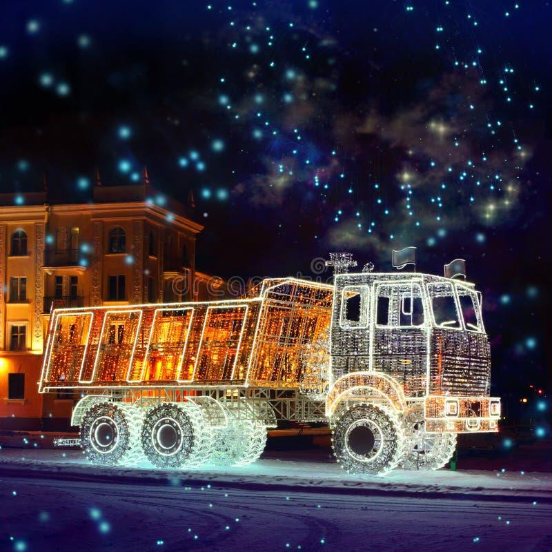 Pełnometrażowa Świecąca ciężarówka obraz stock