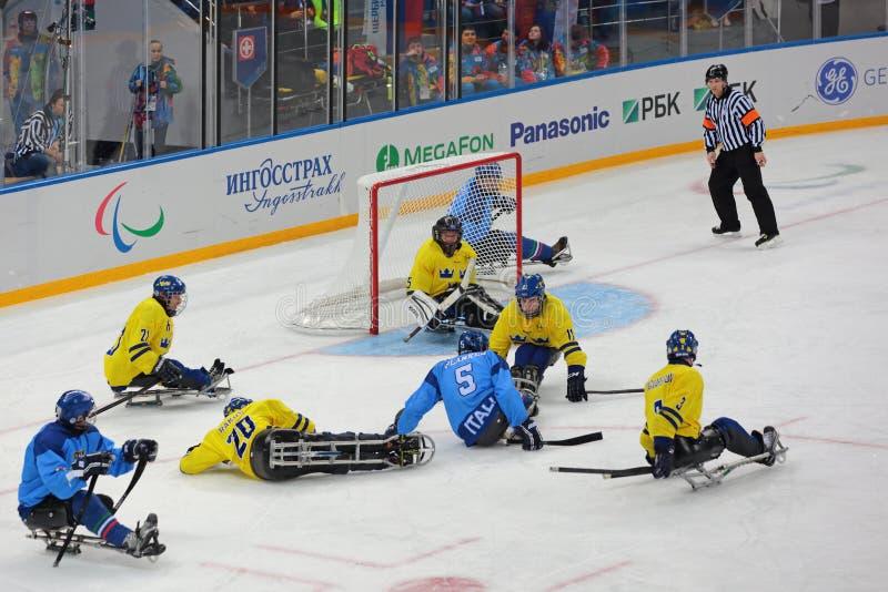 Pełnozamachowy hokej zdjęcie stock