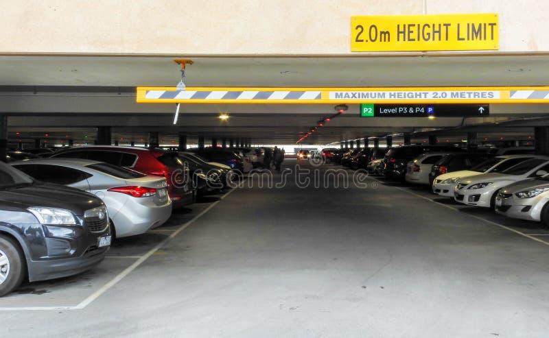 Pełny parking 1 fotografia royalty free