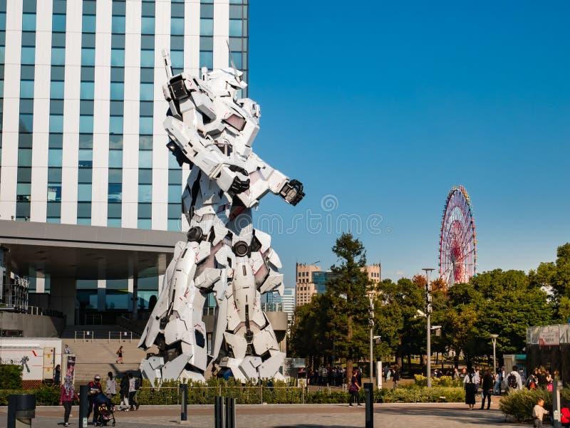 Pełnych rozmiarów RX-0 Gundam jednorożec przy nurka miasta Tokio placem w Od obraz royalty free