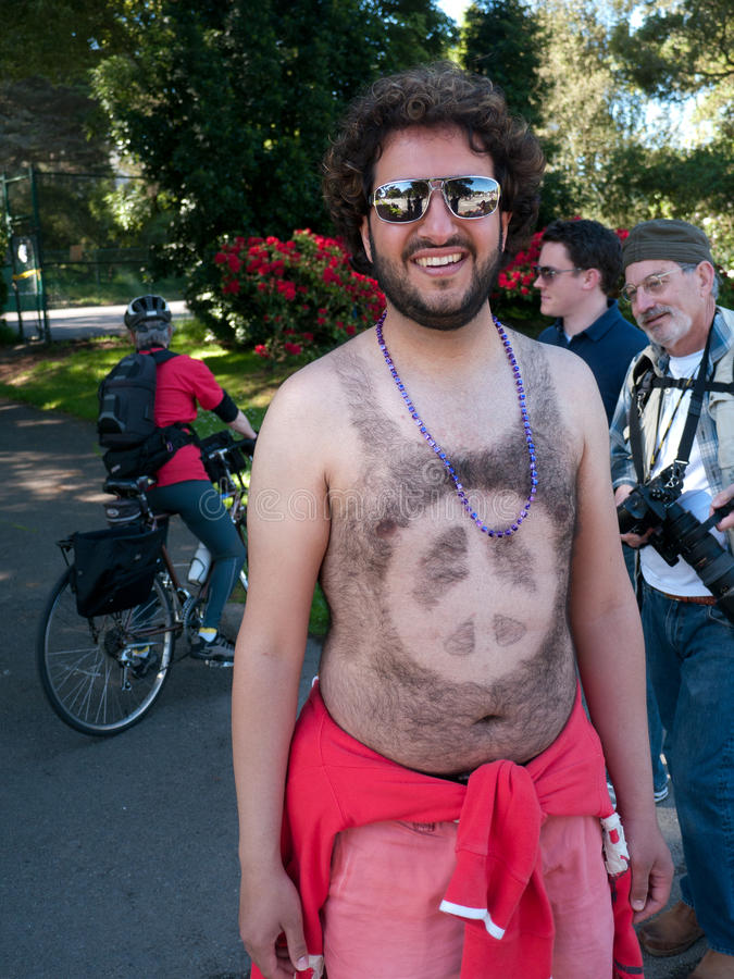Download Peace At Bay To Breakers San Francisco 2012 Editorial Image - Image of chest, francisco: 24907165