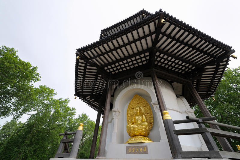 Download Peace Pagoda, Battersea Park London England UK Stock Photo - Image: 9546790