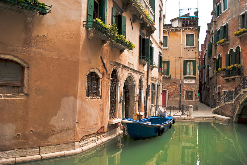 Download Peaceful Corner In Venice Royalty Free Stock Image - Image: 14355486