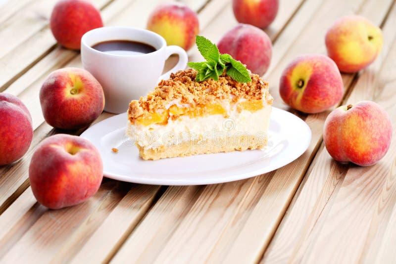 Peaches cheesecake stock photography