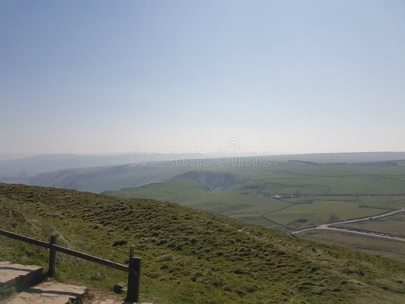 Peakdistrict krajobrazu spacer na wzgórza mama tor zdjęcia stock