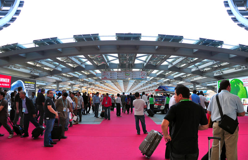 Download Pearl Promenade Of Canton Fair Editorial Photography - Image: 21670382