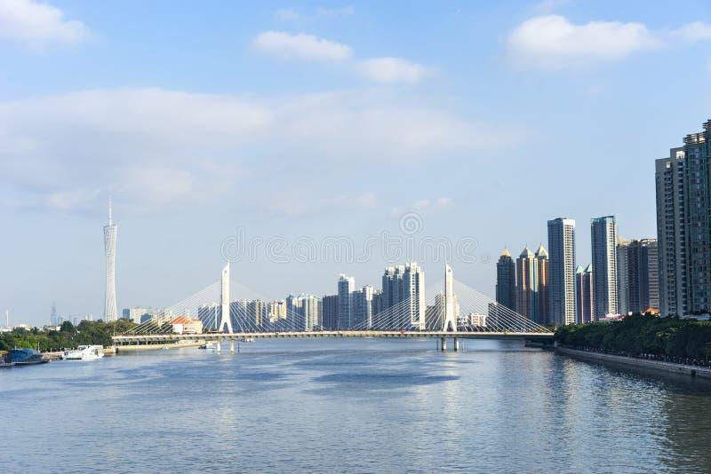Pearl River et bâtiments image libre de droits
