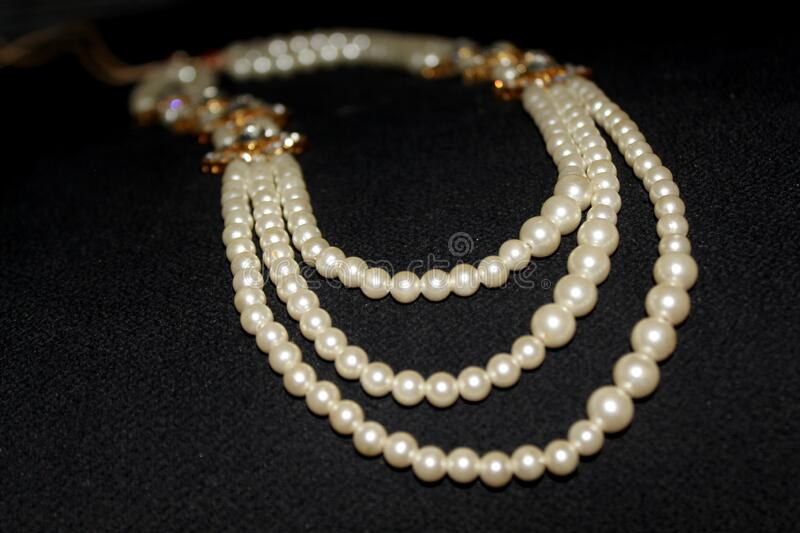 Pearl Necklace Stock Photo - Download Image Now - iStock