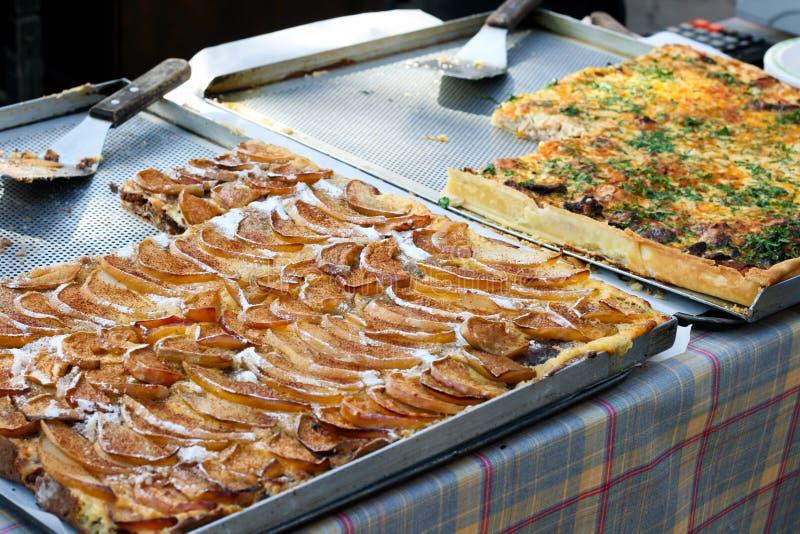 Peartårta och savory tårta royaltyfria foton