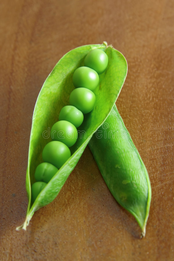 Free Peas In A Pod 1 Royalty Free Stock Image - 4310626