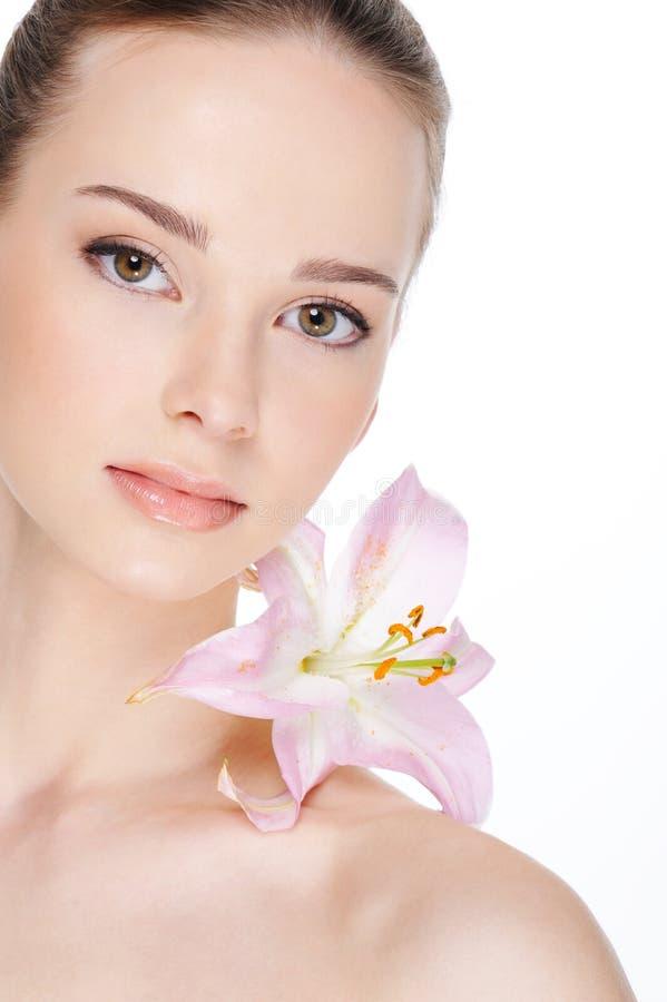 Peau de santé de beau femme image stock
